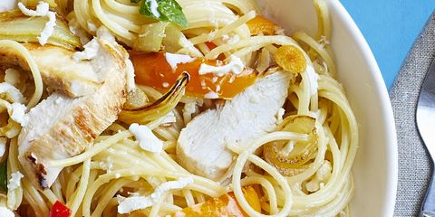 pasta recipes spaghetti with roasted chicken and peppers