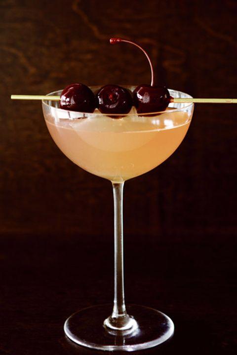 christmas cocktailsElderflower Ginger Fizz