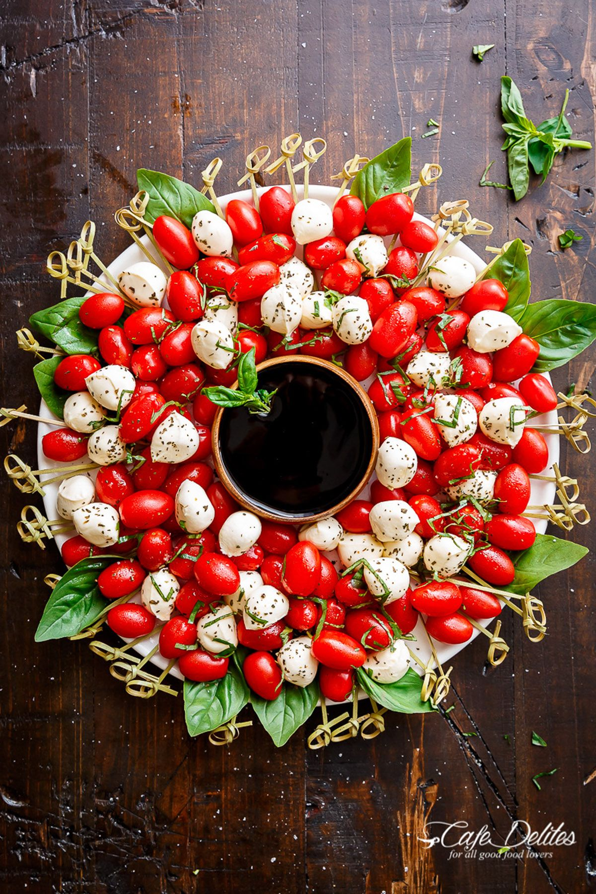 47 easy christmas party appetizers best recipes for holiday appetizers