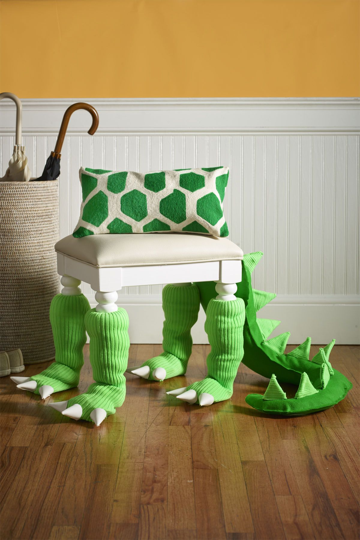 Phenomenal 54 Easy Halloween Decorations Spooky Home Decor Ideas For Onthecornerstone Fun Painted Chair Ideas Images Onthecornerstoneorg