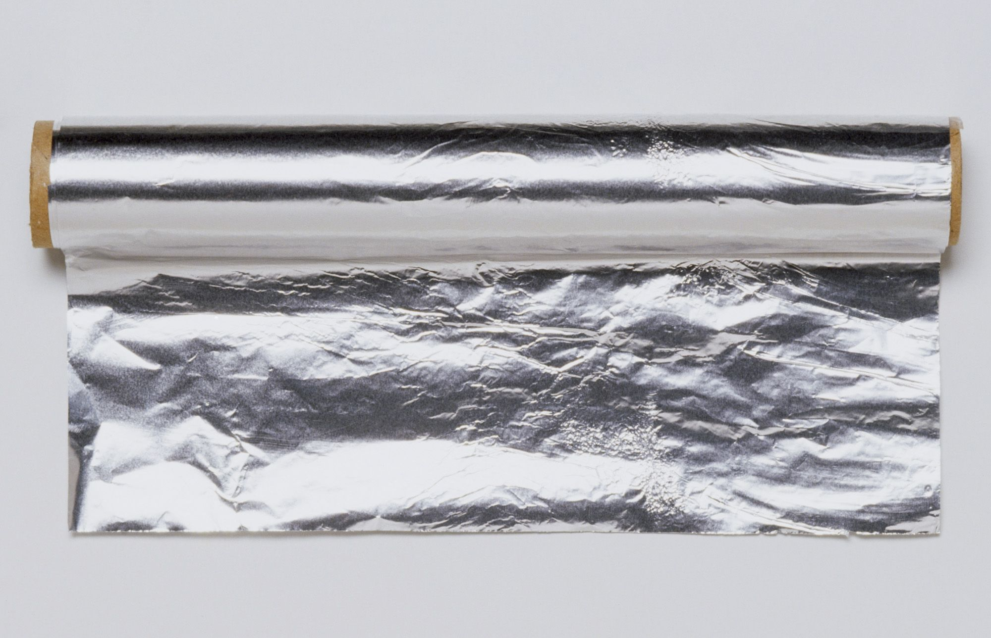 WhyAluminum Foil Has a Dull Side and a Shiny Side - Reynolds ...