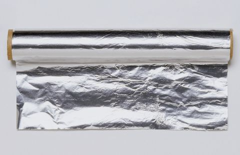 WhyAluminum Foil Has a Dull Side and a Shiny Side - Reynolds