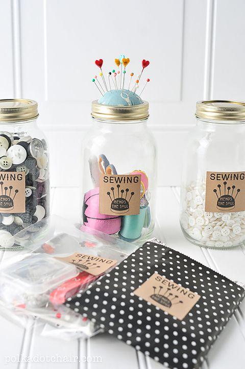 25 Diy Christmas Gifts For Mom Homemade Christmas Present Ideas