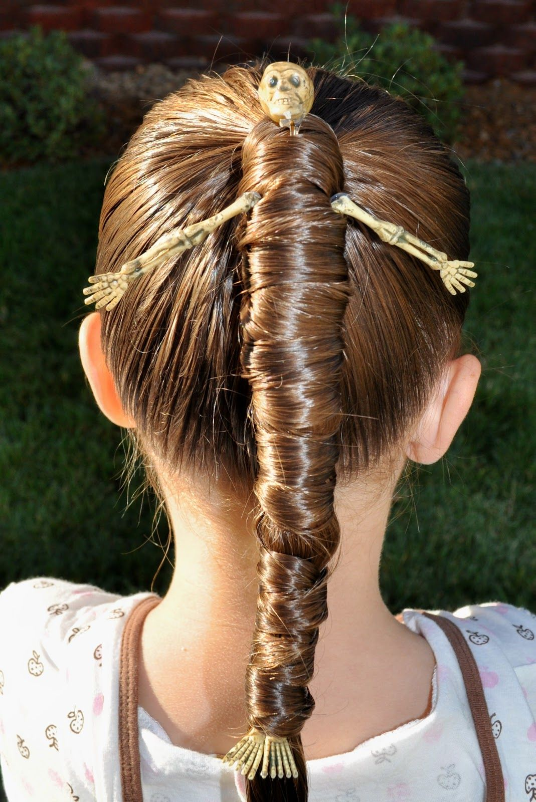 8 Halloween Hair Ideas For Kids Easy Halloween Hair