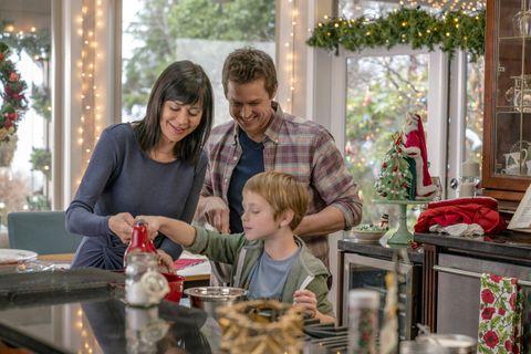 People, Christmas, Home, Christmas eve, Child, Holiday, Room, Family, Event, Christmas decoration,