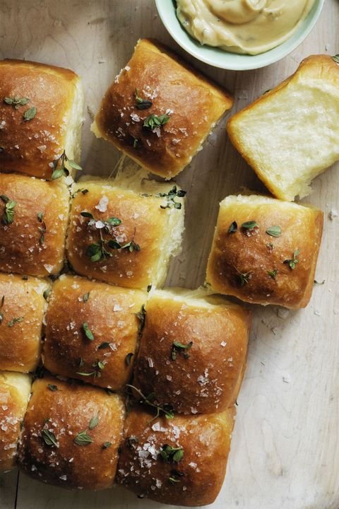 sweet parker house rolls thanksgiving side dishes