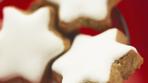 Bredele, Food, Snack, Gingerbread, Cuisine, Lebkuchen, Dessert, Dish, Icing, Biscuit,
