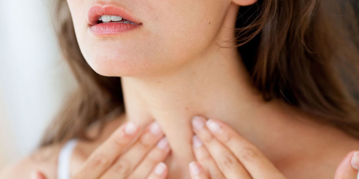 11 Thyroid Problem Signs Symptoms In Women