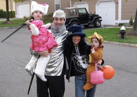 trick-or-treat, Walking, Leaf, Fun, Child, Tree, Neighbourhood, Recreation, House, Toddler,