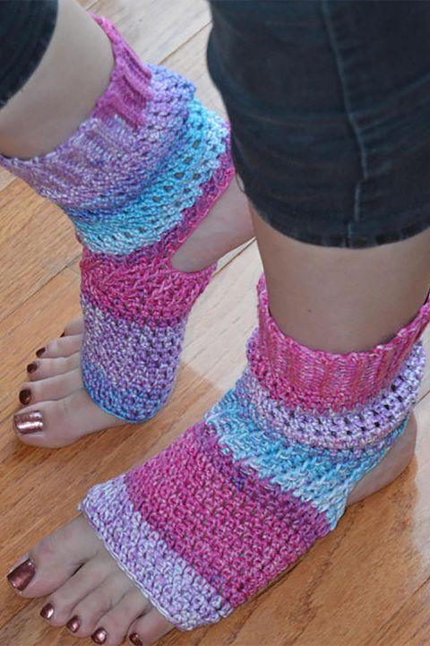 Leg, Wool, Pink, Crochet, Toe, Ankle, Foot, Sock, Knitting, Purple,