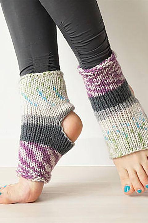 Wool, Leg, Ankle, Pink, Joint, Human leg, Fashion accessory, Footwear, Knitting, Magenta,