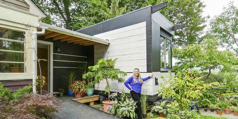 Property, House, Home, Building, Siding, Real estate, Cottage, Shed, Garden, Yard,