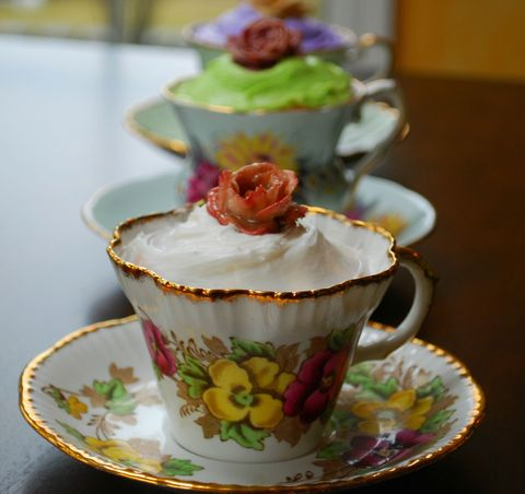 The Ultimate Mother's Day Dessert: Teacup Cakes!