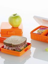 tupperware lunch containers