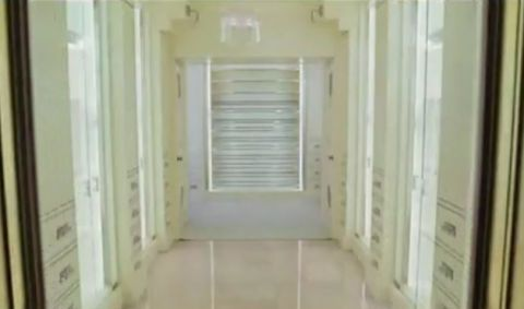 closet from sex and the city movie
