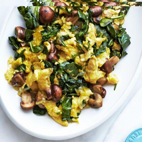 mushroom spinach and swiss scramble