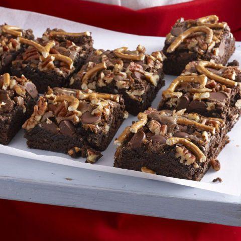 brownies with dulce de leche pecans and pretzels