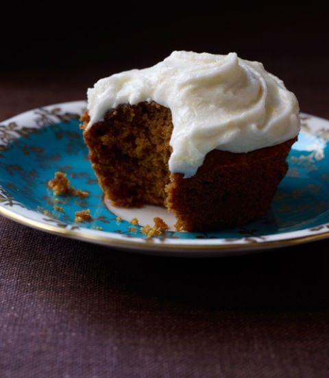 Pumpkin-Spice-Cupcakes-with-Orange-Sour-Cream-Frosting-Recipe