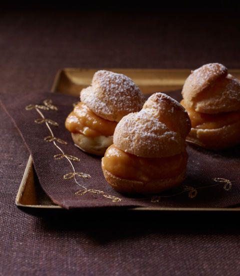 Cream-Puffs-with-Pumpkin-Pastry-Cream-Recipe