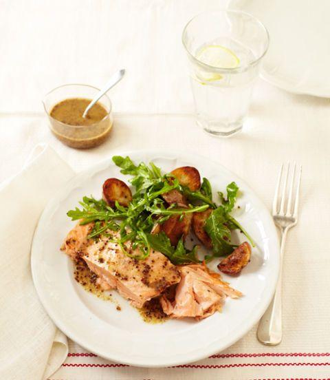 Roasted-Salmon-and-Potatoes-with-Honey-Mustard-Vinaigrette-Recipe