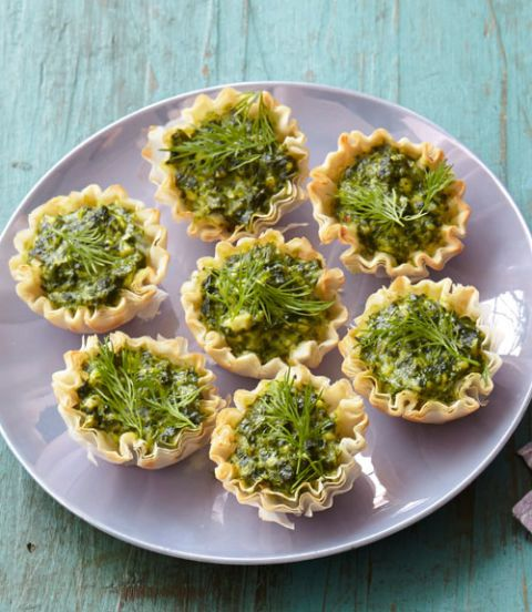 Feta and Spinach Tartlets | Last Minute Thanksgiving Dinner Ideas Your Family Will Be Grateful For