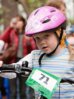 How To Properly Fit A Bicycle Helmet Tips For Fitting A