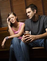 Signs Your Husband Is Having An Affair - How To Tell If Your Husband