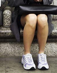 LETICIA: Feet rubbed les eats out