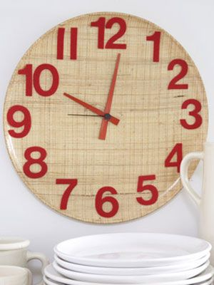 Kitchen Wall Clock Craft Project At Womansday Com Diy Decorating