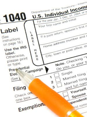 tax preparation checklist at womansday - income tax tips