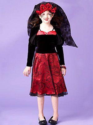 Easy halloween costumes vampire bride costume at womansday vampire bride solutioingenieria Image collections