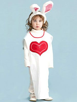 Easy Halloween Costumes Alice In Wonderland White Rabbit Costume At Womansday Com