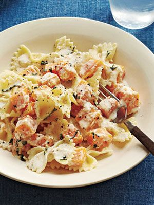 Easy pasta recipes pasta dinner recipes at womansday image forumfinder Images