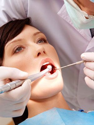 Do Fillings Hurt? Types of Fillings, Numbing, Prevention