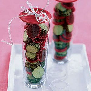 Chocolate-and-Peppermint-Cookie-Coins