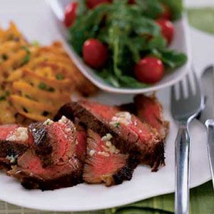 Steakhouse-Sirloin-with-Scallion-Fries-and-Salad