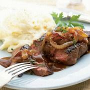 Steak-Onions-with-Hunter-Sauce-Recipe