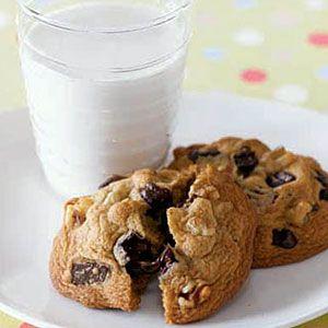 Soft-Chocolate-Chunk-Cookies