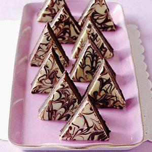Triple-Chocolate-Mousse-Pyramids