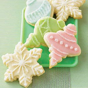 Lime-Snowflakes-and-Ornaments
