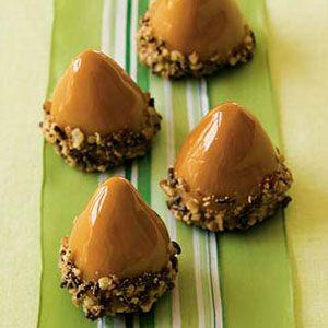 Nutty-Caramel-Acorns