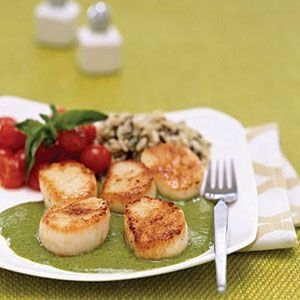 Scallops-with-Creamy-Pesto