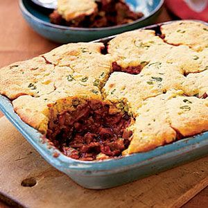 Turkey-Chili-with-Corn-Muffin-Topping