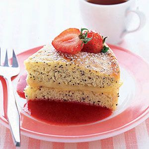 Lemon-Cake-with-Strawberry-Sauce