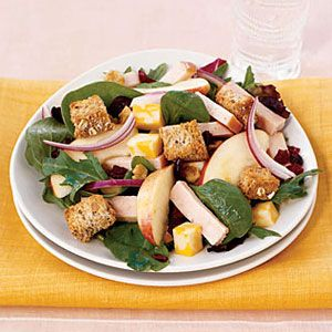 Smoked-Turkey-and-Spinach-Salad-with-Croutons