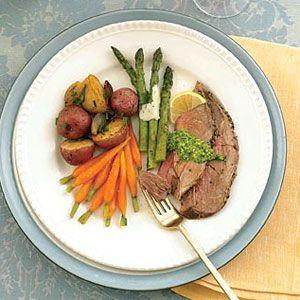 Roast-Leg-of-Lamb-with-New-Potatoes-Shallots