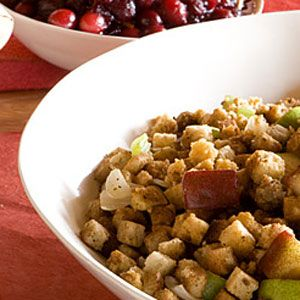 Cornbread-Stuffing-with-Pears-and-Dried-Cranberries-Recipe