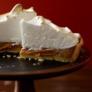 Mile-High-Pumpkin-Meringue-Tart-Recipe