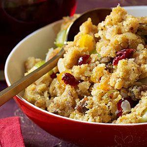 Dried-Fruit-Cornbread-Stuffing-Recipe