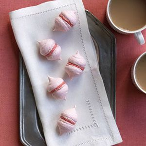 French Macaroon Kisses